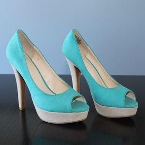 Turquoise and Beige Pumps